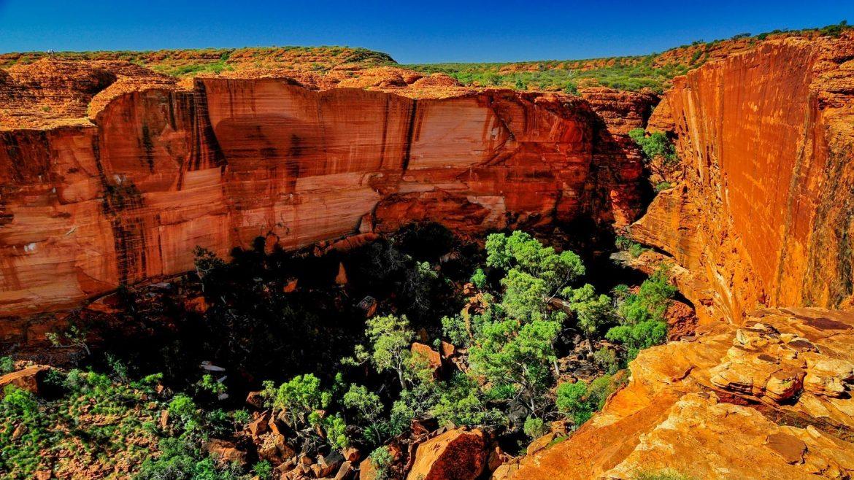 Kings Canyon Australia tour holiday
