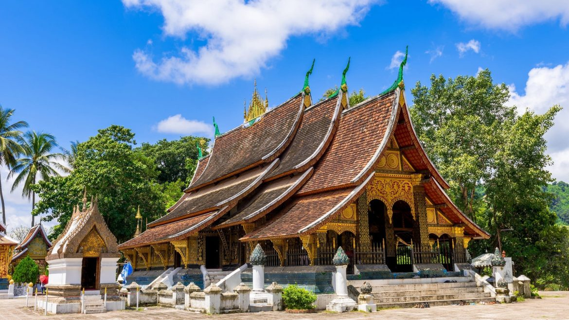 Wat xieng thong is included in Laos tours offered by Asia Vacation Group.