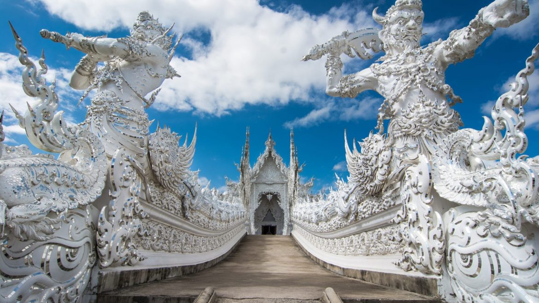 Wat Rong Khun White Temple in Chiang Rai, Thailand